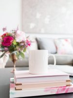 10 Amazing Books To Kick Start Your Side Hustle